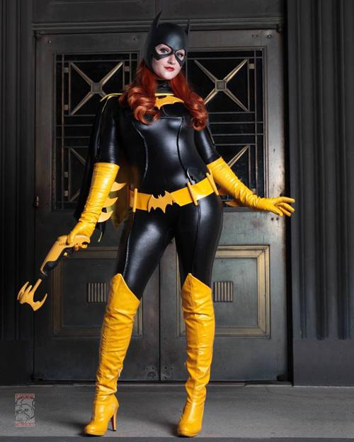 Batgirl Cosplay 13 Maskripper