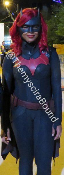 https://maskripper.org/wp-content/uploads/2020/09/Batwoman_2609_5-220x600.jpg